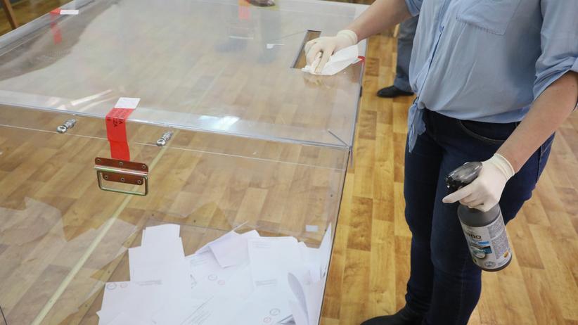 Koronawirus a wybory prezydenckie. Morawiecki: Po to są obostrzenia, by wybory się odbyły