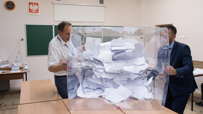 Frekwencja wyborcza 2020. Spłynęły dane z ponad 99 procent obwodów