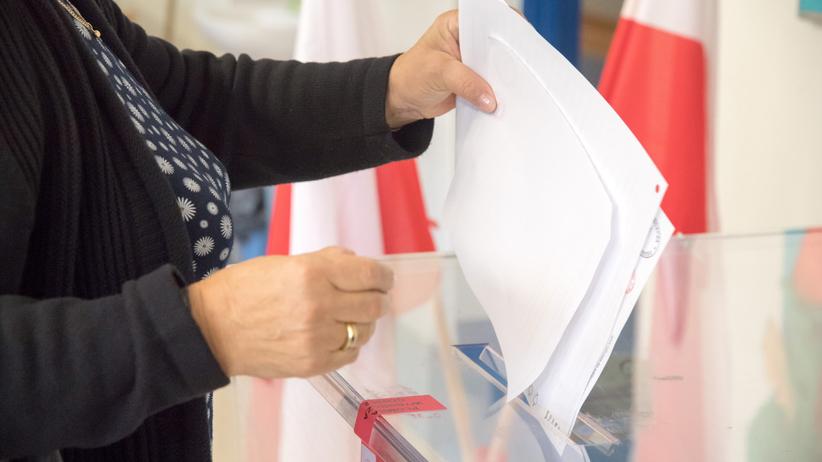 Wybory 2020. Ponad 110 tys. Polaków an Wyspach zarejestrowało się do udziału w wyborach - Wiadomości