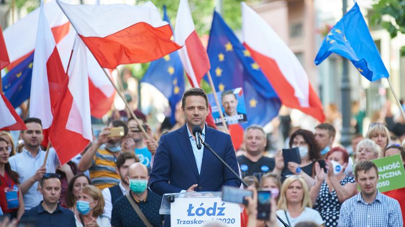 Wiece wyborcze w Polsce przed drugą turą. Kto jest silniejszy?