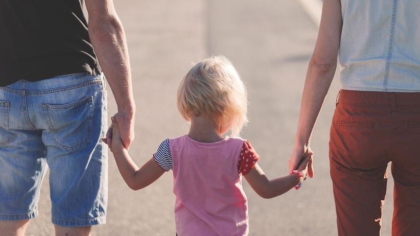 300 plus: dzieci i rodzice za granicą. Czy dzieci i rodzice otrzymają 300 plus za granicą?