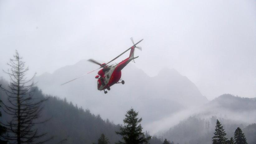 Akcja ratunkowa w Tatrach. Turyści utknęli w drodze na Rysy
