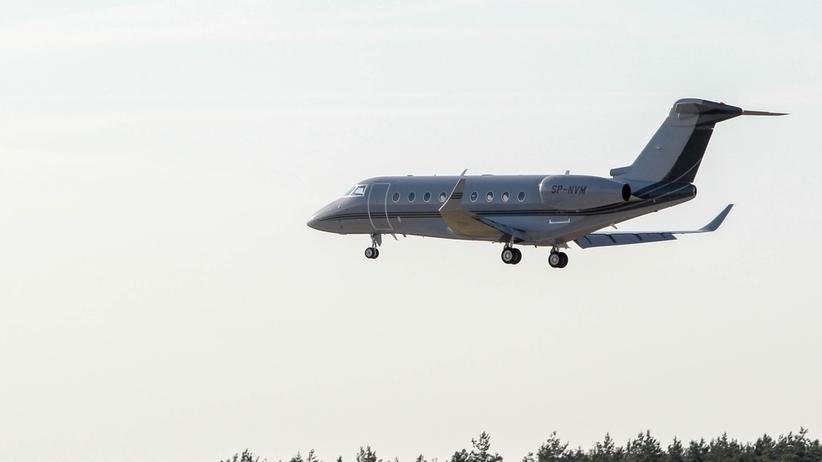 Rządowy samolot awaryjnie lądował na Okęciu