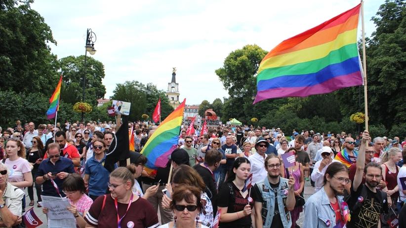 Białystok marsz LGBT. Polska Przeciw Przemocy. Relacja z manifestacji 28 lipca