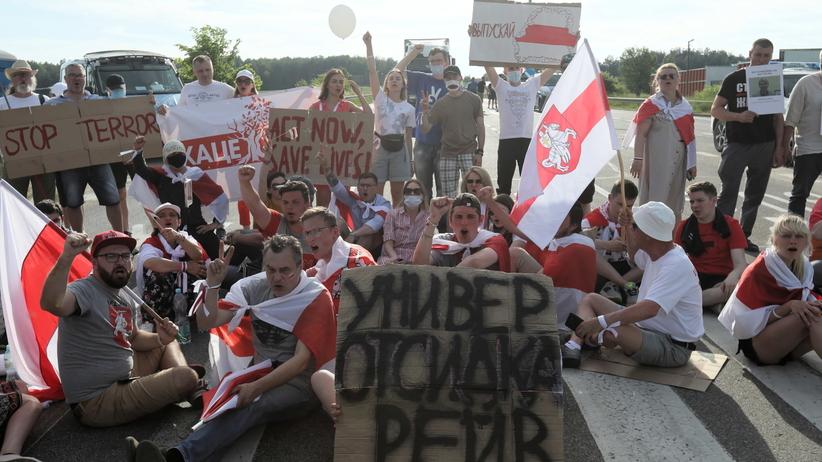 Blokada przejścia granicznego w Bobrownikach