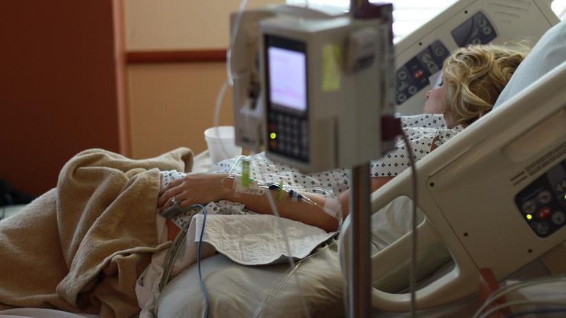 Zbiórka pacjentów na... szpitalną klimatyzację. Na udarówce bywa po 40 stopni