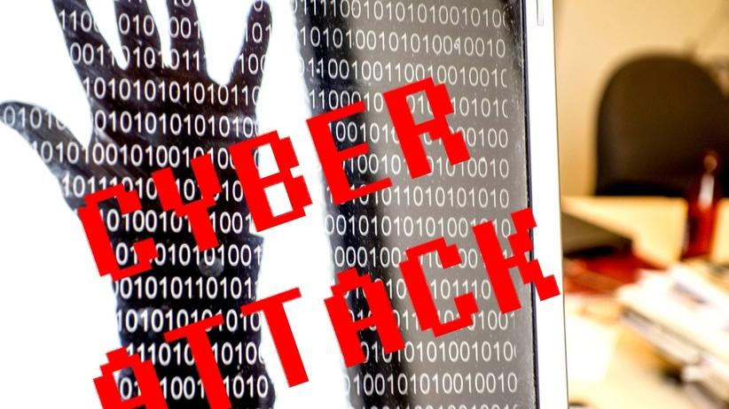 """Drugi stopień alarmowy przed atakami w cyberprzestrzeni. RCB: """"Na czas wyborów"""""""