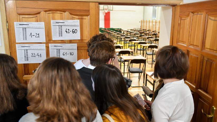 Egzamin gimnazjalny matematyka 2019. OKE podało uczniom błędne wyniki