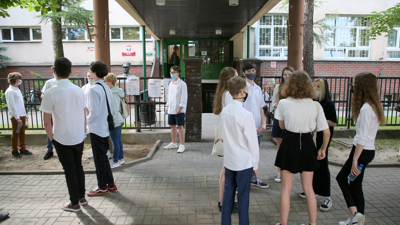 Egzamin ósmoklasisty 2020, matematyka na żywo - przecieki, odpowiedzi, arkusze CKE i relacja
