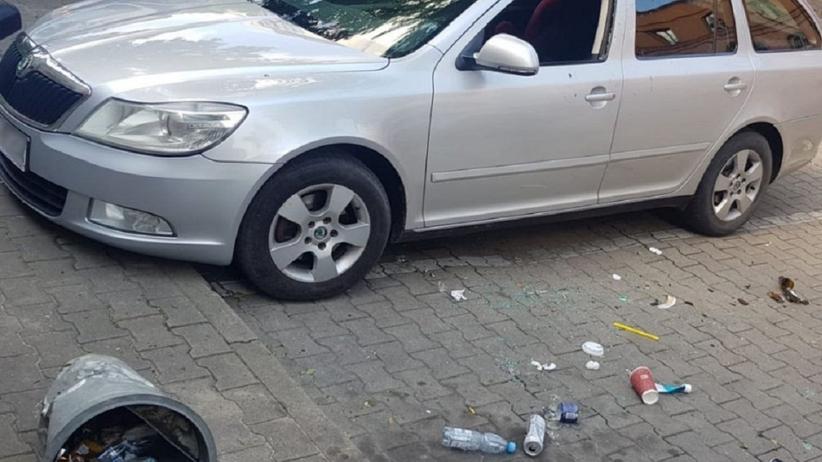 Uwolnienie 4-latki z nagrzanego samochodu