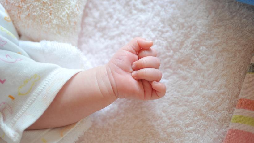 Nowe fakty ws. martwego noworodka w toalecie. Matka usłyszała zarzuty