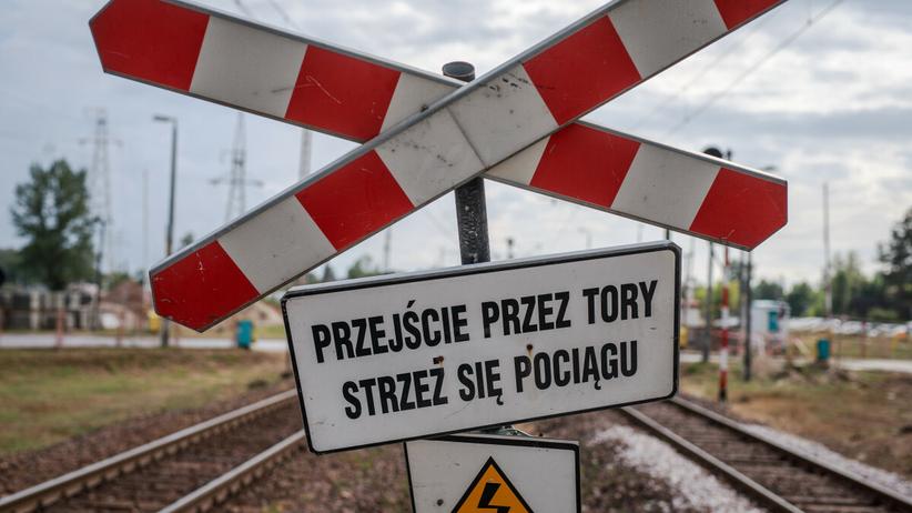 Huta Deręgowska, zderzenie busa z pociągiem