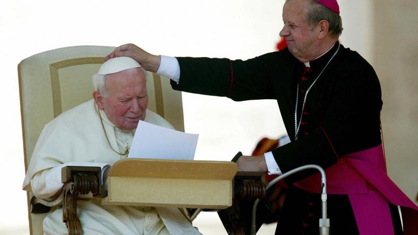 Jan Paweł II, Stanisław Dziwisz