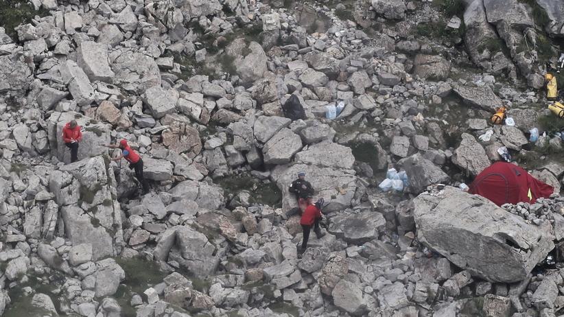 Jak poinformował dyżurny ratownik TOPR: odnaleziono ciało jednego z grotołazów zaginionych w Jaskini Wielkiej Śnieżnej