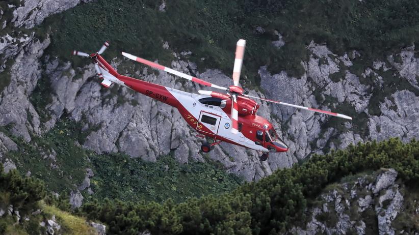 Akcja ratunkowa w Tatrach. Ratownicy spróbują zamontować system wentylacyjny