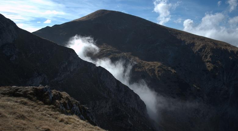 Jaskinia Wielka Śnieżna. Zaczęto wysadzanie skał