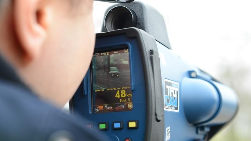 Kaskadowy pomiar prędkości. Kierowców kontroluje 5 tys. policjantów