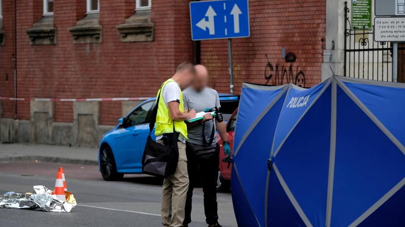kierowca staranował ludzi w Katowicach, 19-latka nie żyje