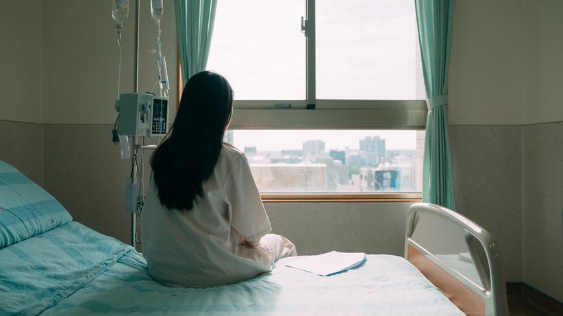 13-latka urodziła martwe dziecko. Zdjęcie ilustracyjne
