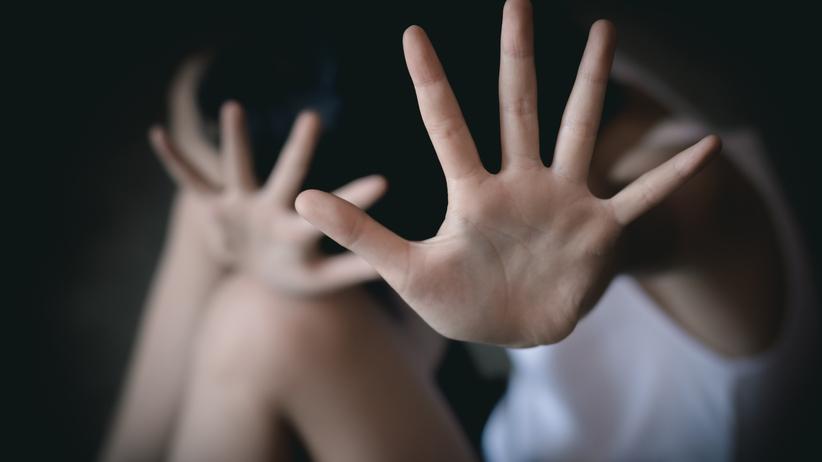 Pedofil kusił czekoladą dwie 8-latki. ''Najpierw pukał do drzwi''