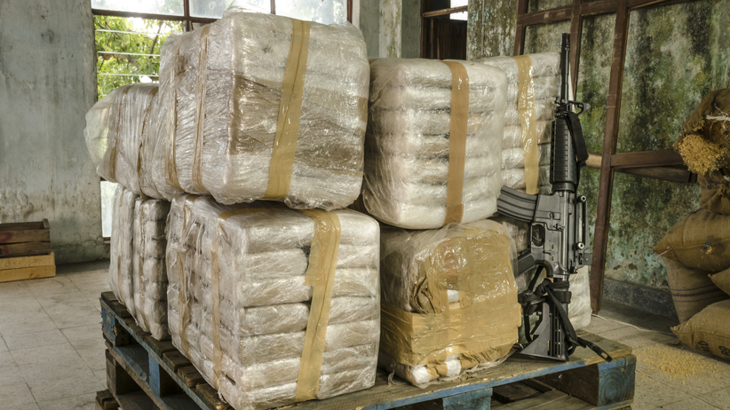 """2 tony kokainy z Kolumbii przechwycone w Polsce. """"Wielkie osiągnięcie"""""""