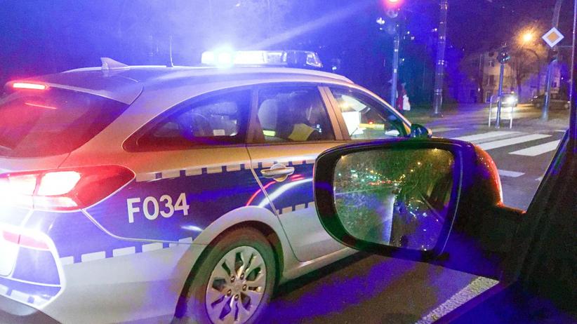 24-latek miał być na kwarantannie. Jeździł taksówką po okolicy