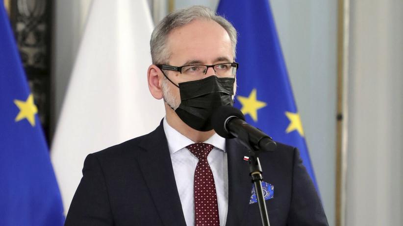 """Minister zdrowia: liczba zakażonych w piątek będzie mniejsza. """"Duże spadki"""""""