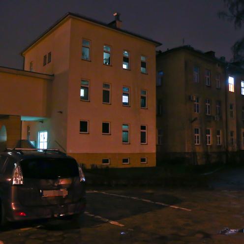 Koronawirus. Kwarantanna po polsku. Polacy z Wuhan leżą na ogólnodostępnym oddziale