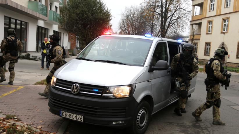 Areszt dla 13 osób. Nieoficjalnie: Wśród nich były wiceprezes Wisły Kraków