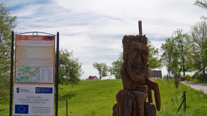 Rzeźby w kaszubskiej gminie