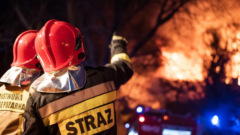 Łódź. Pożar w kamienicy przy ul. Łącznej. Nie żyje mężczyzna i jego pies