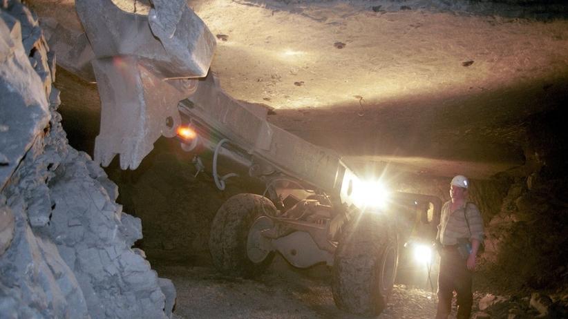 Dramat w kopalni. Nie żyje górnik porażony prądem