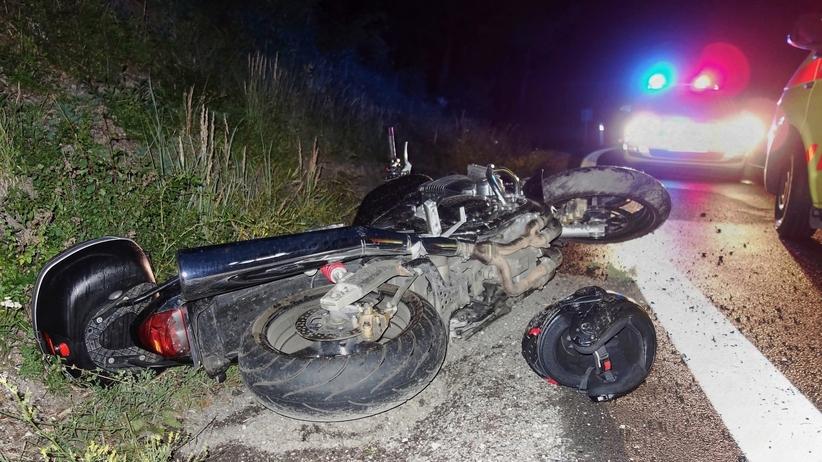 Dramat w lubuskiem. Motocyklista potrącił nastolatka i rozbił się na murze