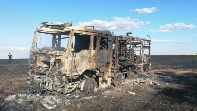 Lubuskie. Wóz strażacki spłonął podczas akcji gaszenia pożaru pola