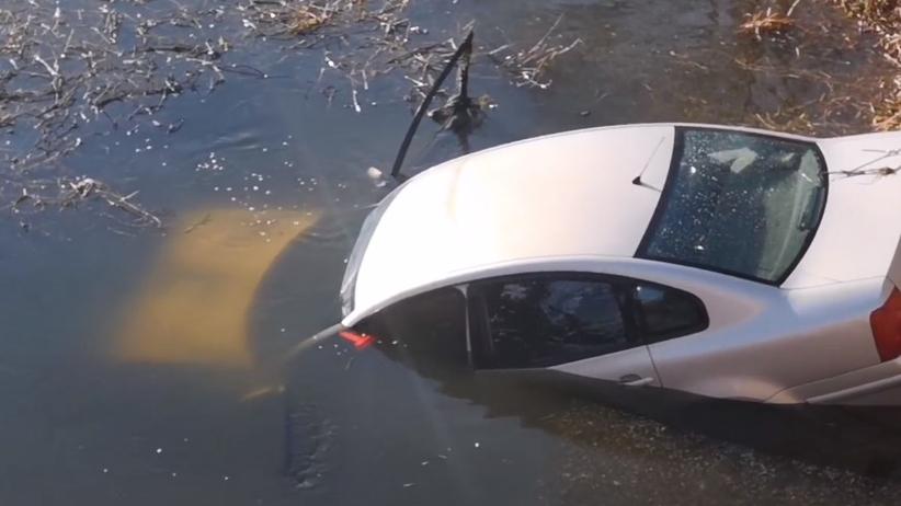 Ludwików, samochód wpadł do Noteci