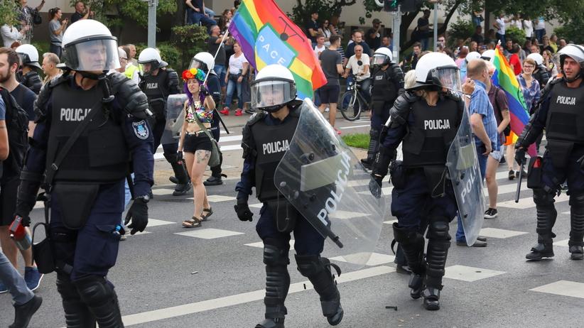 Brutalne ataki na Marszu Równości. Świat o wydarzeniach z Białegostoku