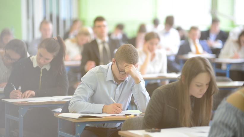 Matury 2019 - ZASADY i procedury: jak wygląda matura i co można mieć na egzaminie?