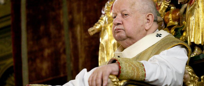 Mroczne sekrety kardynała Dziwisza. Co ukrywa don Stanislao?