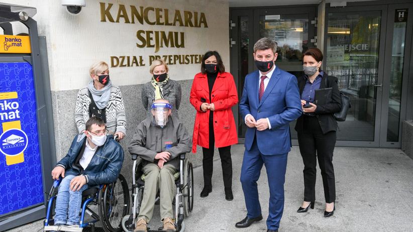 Niepełnosprawni nie zostali wpuszczeni do Sejmu