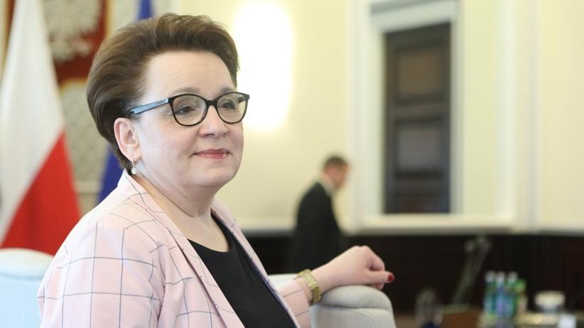 """Krytyczny raport NIK o reformie oświaty. Minister: """"Zawieszono go bez naszej opinii"""""""