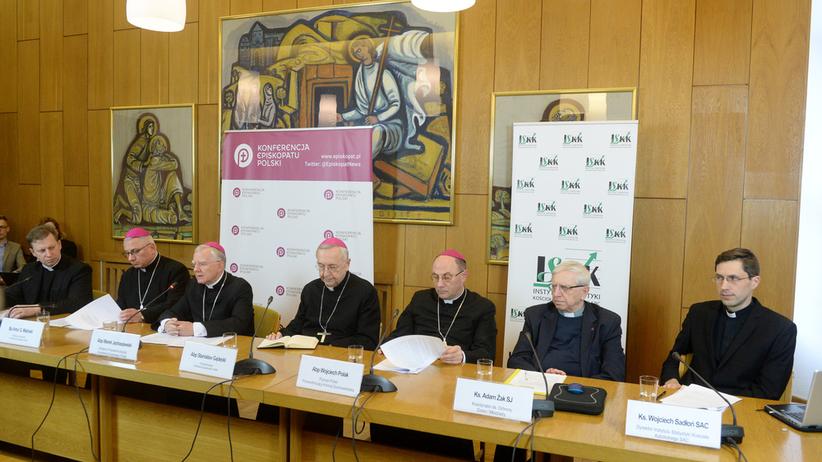 Obrady Rady Stałej Episkopatu. Tematem ochrona dzieci przed pedofilią w Kościele