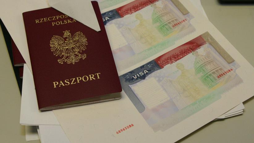 """Od dziś podróżujemy do USA bez wiz. """"Wielu Polaków na to czekało"""""""