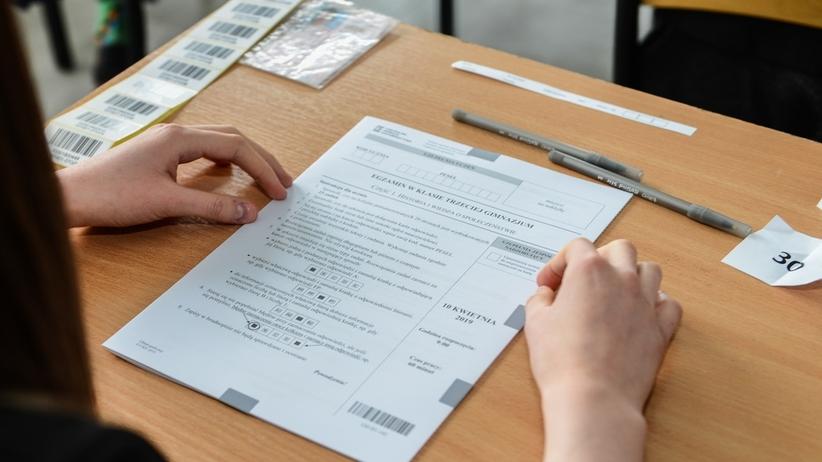 OKE wyniki egzaminu gimnazjalnego. Uczniowie składają wnioski o wgląd do arkuszy