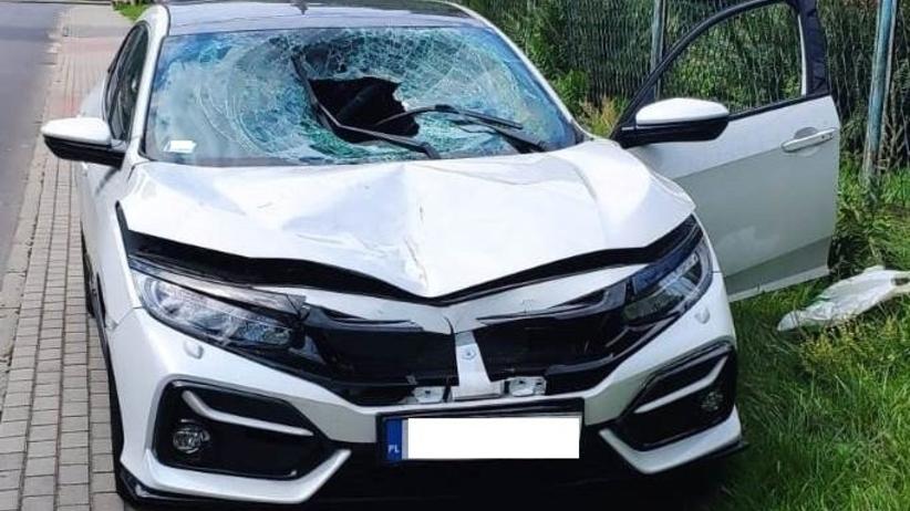 Pijany kierowca potrącił pieszego i uciekł. Miał 3 promile