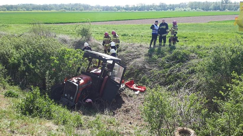 Opolskie. Traktor wpadł pod pociąg towarowy. Nie żyje 58-letni rolnik