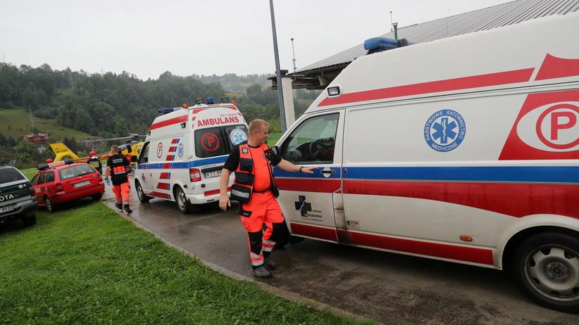 Po uderzeniu piorunów w Tatrach nie żyją 3 osoby. Będzie sztab kryzysowy