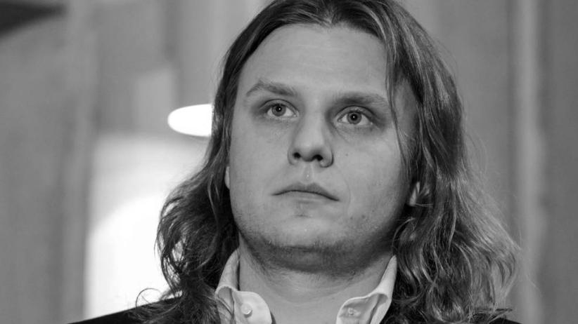 Piotr Woźniak-Starak nie żyje. Co dzieje się z 27-letnią mieszkanką Łodzi?