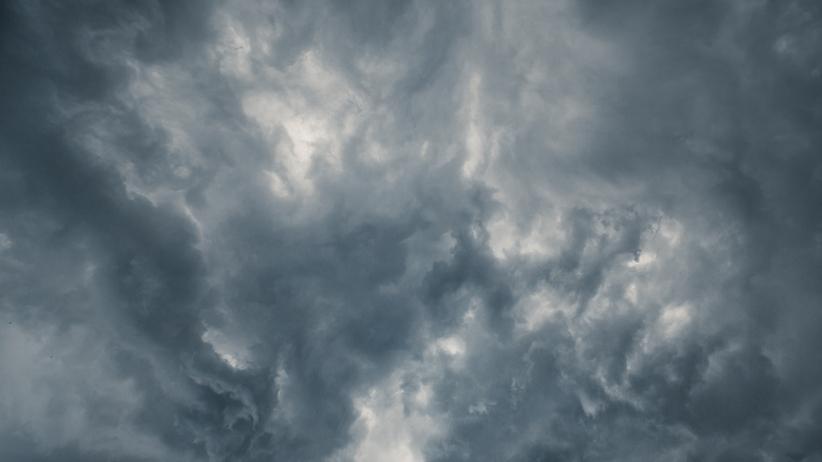 Prognoza na niedzielę. Burzowe chmujry nad Polską
