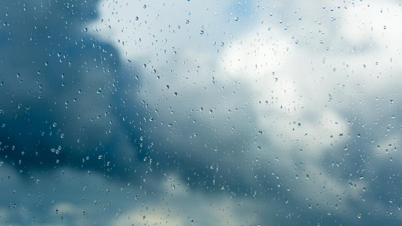 Burze i przelotne deszcze. Pogoda w piątek