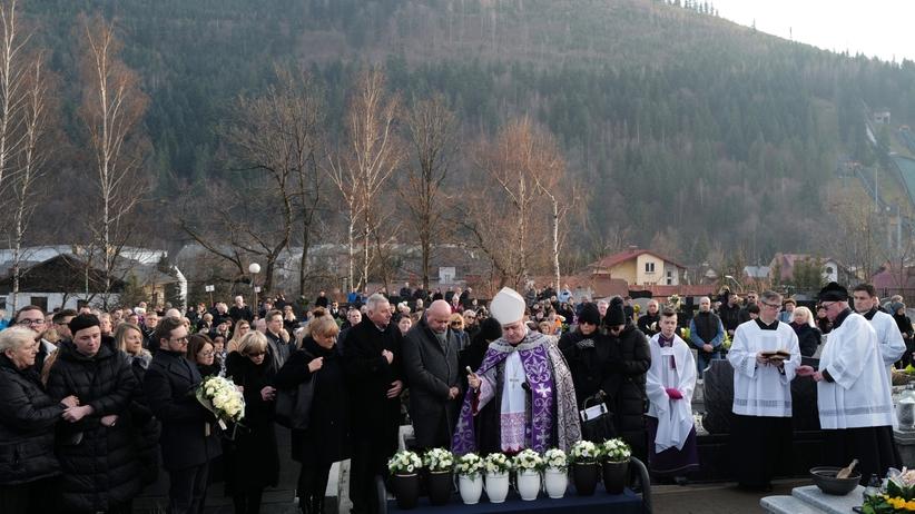 Pogrzeb w Szczyrku. Poruszające słowa podczas pożegnania rodziny Kaimów